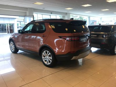 Land Rover Discovery 2.0 SD4 HSE 7pl. bei Garage De Poorter (FR) in 8530 Harelbeke